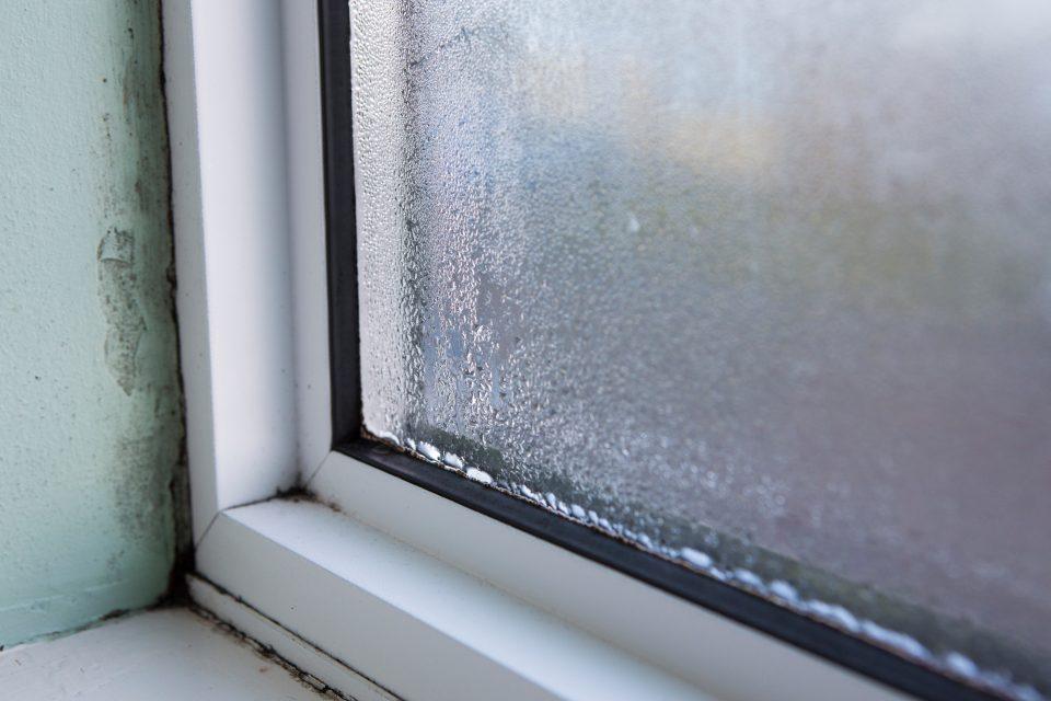 fenêtre d'infiltration d'eau