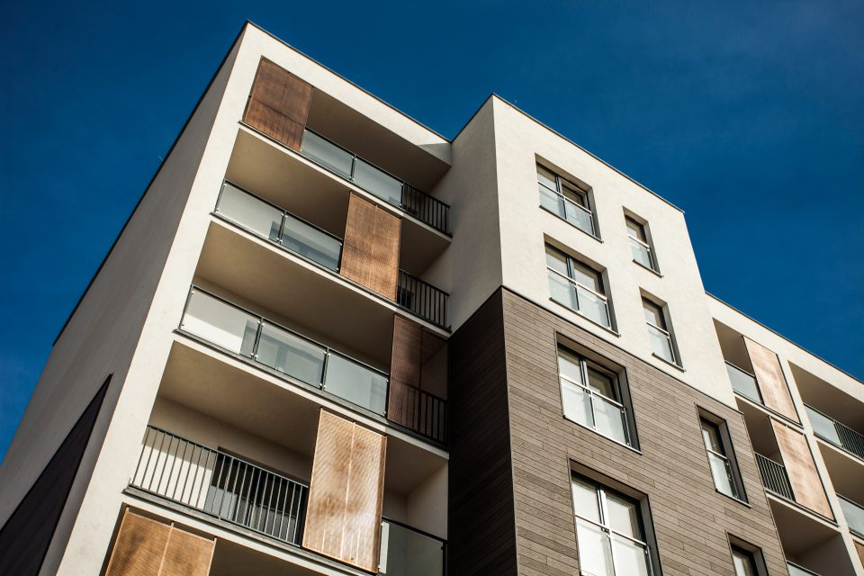 Why caulking your condo building is financially efficient?