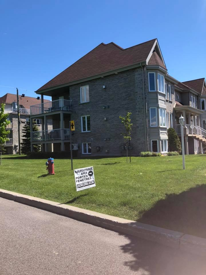 Apex caulking condo building chambly