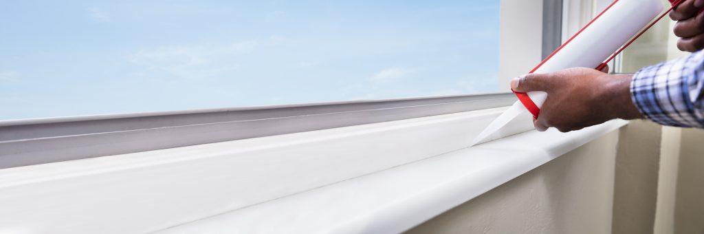 Comment mettre du silicone autour d'une fenêtre Avec des vidéos. | Calfeutrage Apex